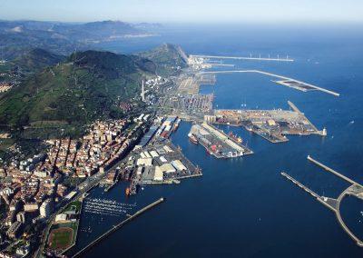 Valoración de terrenos y lámina de agua de la zona de servicio de puerto de Bilbao (año 2012)